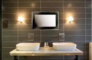 Bathroom TV Aquavision